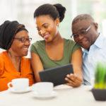 parents-daughter-tablet